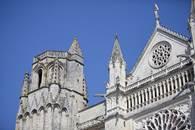 La cathédrale Saint-Pierre et son quartier