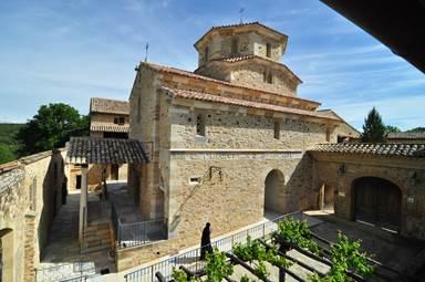 Eglise de style roman - Monastère orthodoxe installé dans le Gard depuis 1992