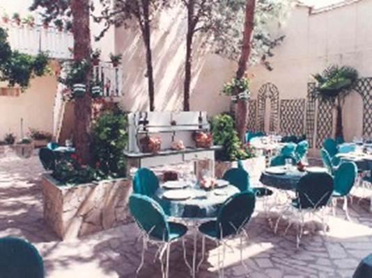 Hôtel Restaurant Le Saint Louis