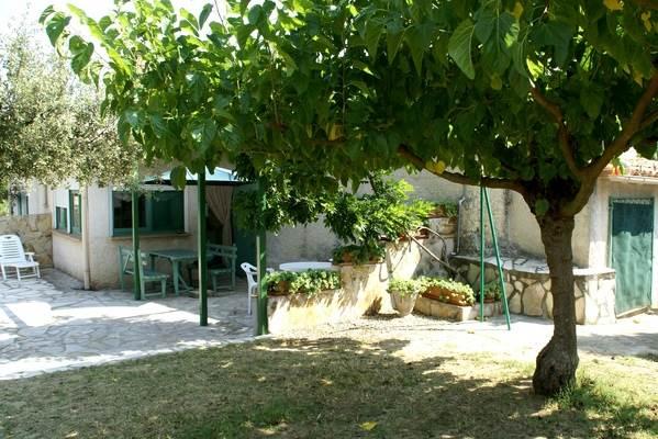 meuble-Saint-Quentin-la-Poterie1