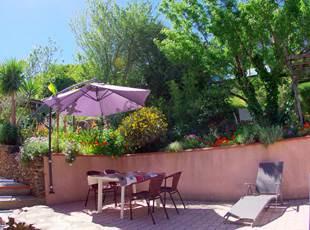 Dejardin meublé , terrasse , jardin , parking