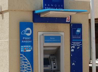 Distributeur Banque Populaire Port Leucate
