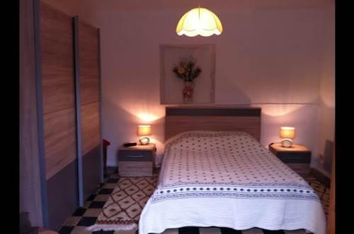 meuble-Saint-Florent-sur-Auzonnet1 ©