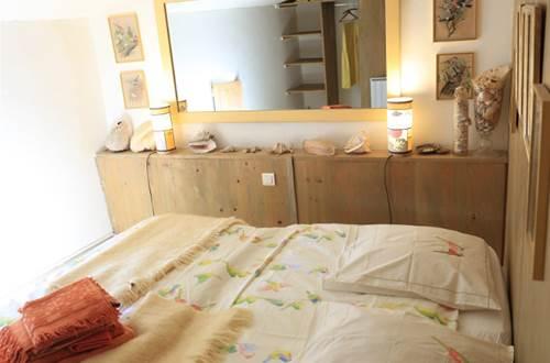 MAS DU LAC - CHAMBRE A SOIE lits chambre enfant © MONET DE FONTANES Martine