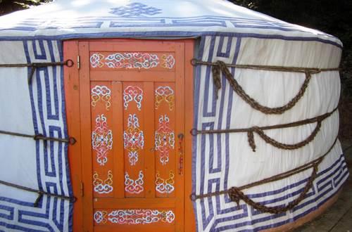 La yourte de Temudjin fermée pour garder la fraicheur ©