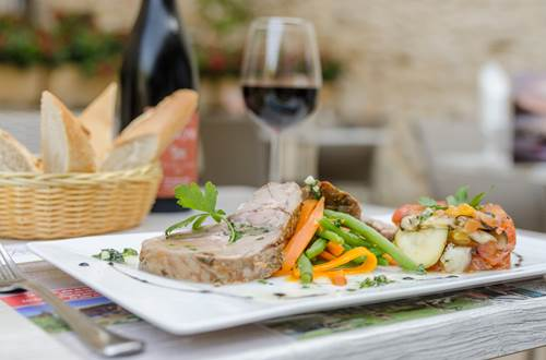 Château de Boisson - restaurant ©