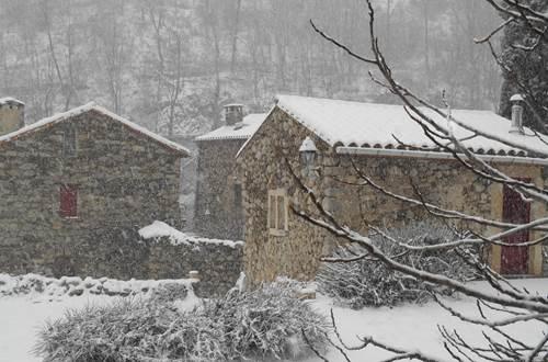 Vue du Mas sous la neige ©