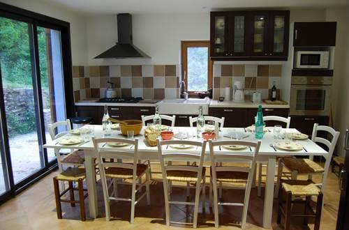 La table, dressée pour le dîner ©